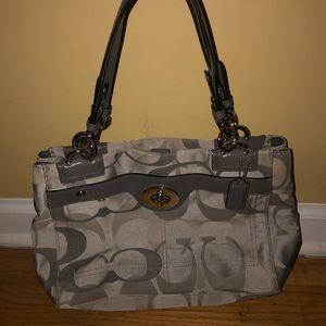Coach shoulder bag!!👜👜